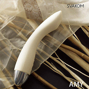 美國SVAKOM Amy 埃米 智能模式優雅6段變頻防水G點按摩棒 卡其色
