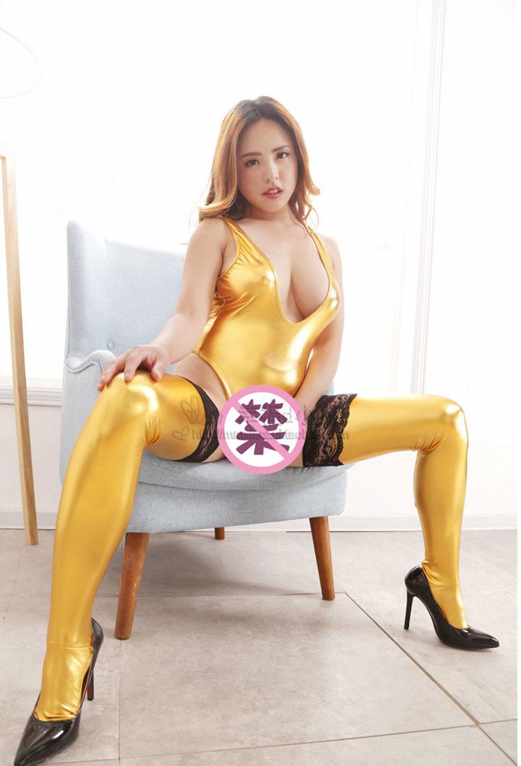 SEXYE 深V露乳 夜店女王装
